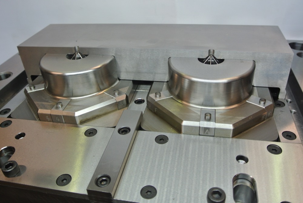 mould-toolmaking_6